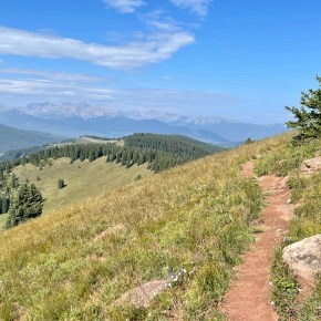 Shrine Ridge Trail: Hike off of I-70 on Vail Pass