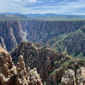 Hiking Warner Point Trail in Black Canyon of the Gunnison National Park