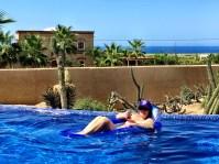 casa-de-suenos-kat-in-pool