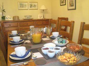 Les Renards Bed and Breakfast Chambres d'Hôtes Petit Déjeuner