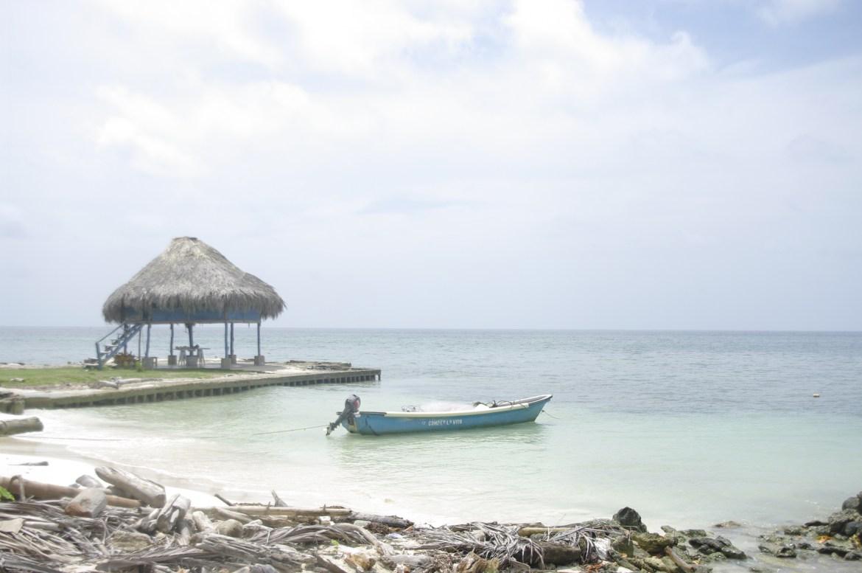 igp2776 - Isla Mucura - raj w Kolumbii