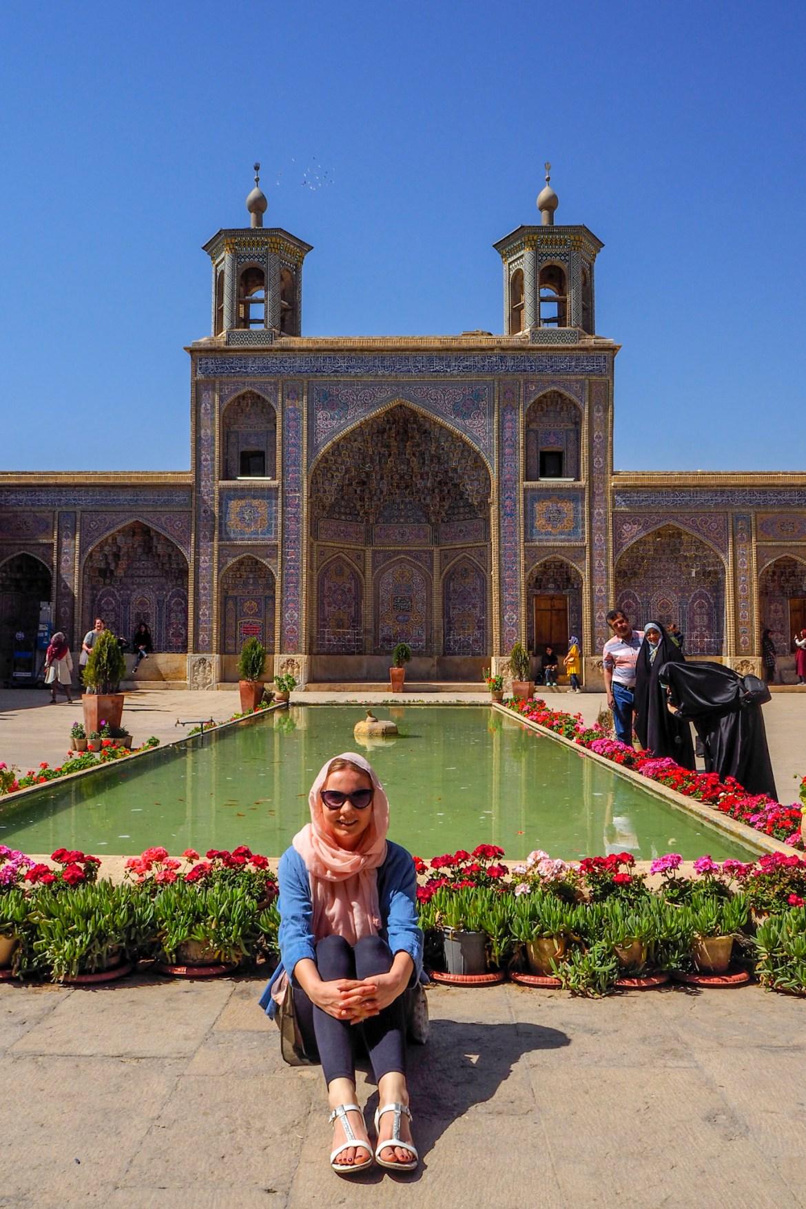 3290771 - Shiraz i Persepolis - klejnoty Iranu