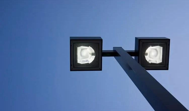 latarnie - inteligentne oswietlenie miasta