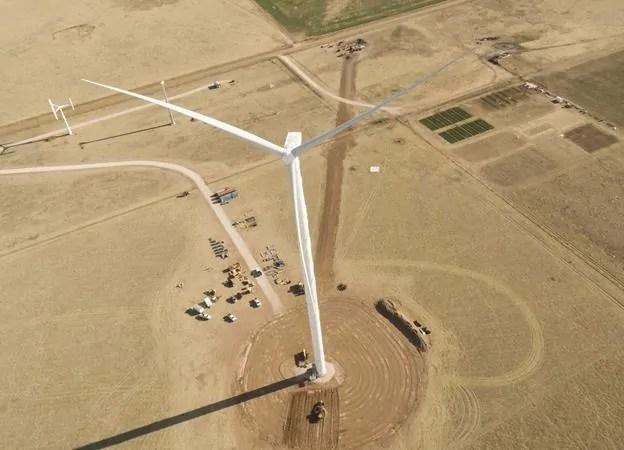 Amerykanie prezentują nowego lądowego giganta