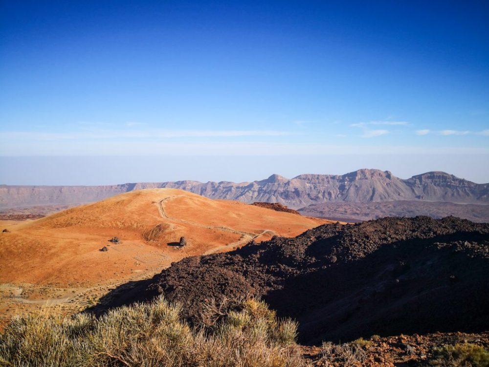 widoki ze szlaku pieszego na Teide