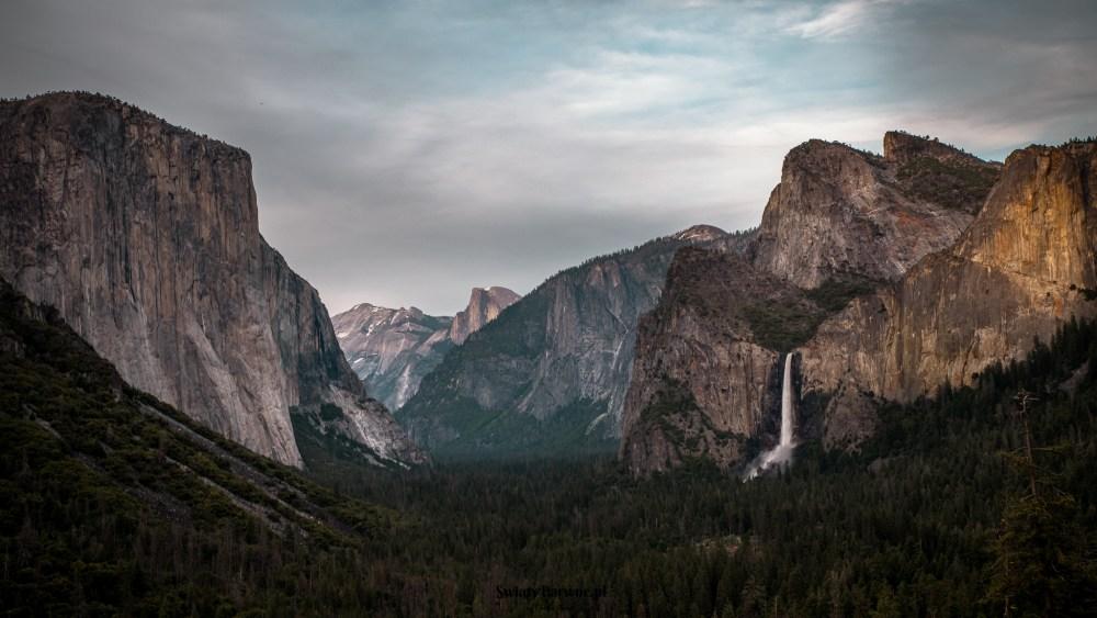 Yosemite Tunnel View o zachodzie słońca