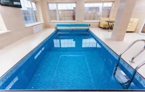 indoor pool - condo vs home