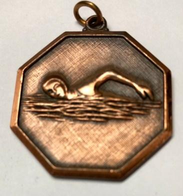 medal_swim_brass_1woman