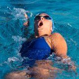 背泳ぎのコツや泳ぎ方を分かりやすく解説