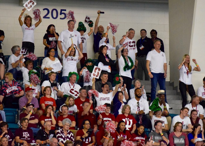stanford-parents-cheer-ncaas-2016