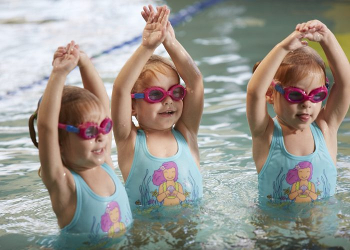 hibiscus-sports-complex-swimming-lessons-little-girls