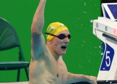 mack-horton-2016-rio-olympics-celebrate-gold-sit-laneline