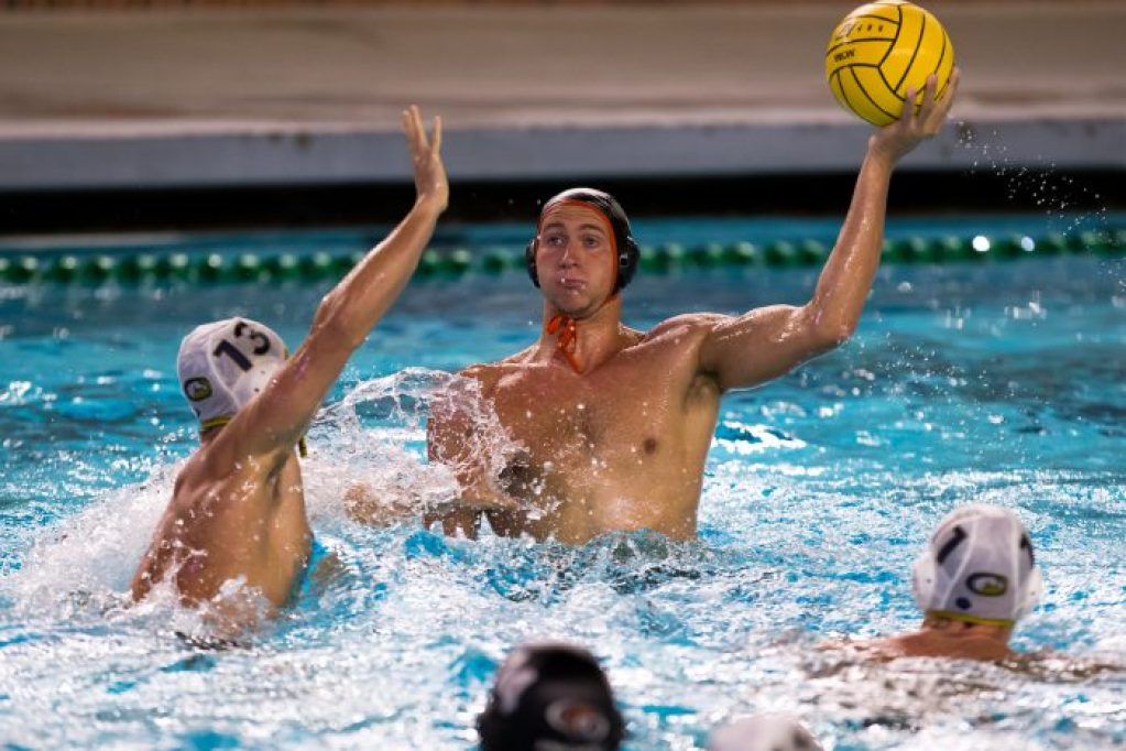 November 30, 2017; Uytengsu Aquatics Center, Los Angeles, California, USA; Waterpolo: NCAA: UC Davis Aggies vs University of the Pacific Tigers; Pacific Utility Luke Pavillard guarded by UC Davis Attacker Colter Knight Photo credit: Catharyn Hayne- KLC fotos
