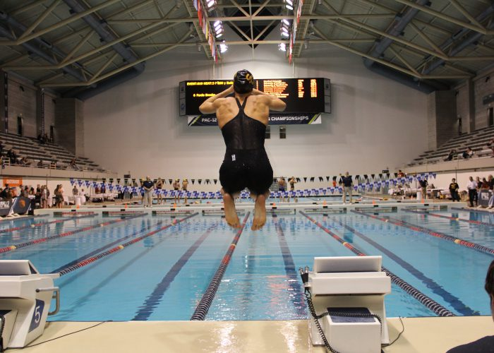 Louise-Hansson-200-Fly-Pac-12