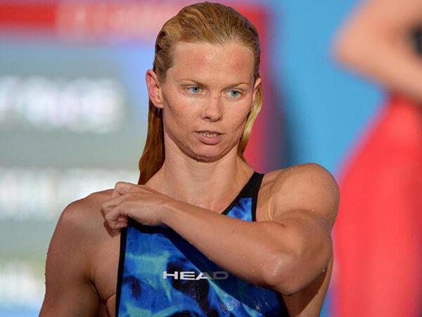 Britta Steffen on pool deck