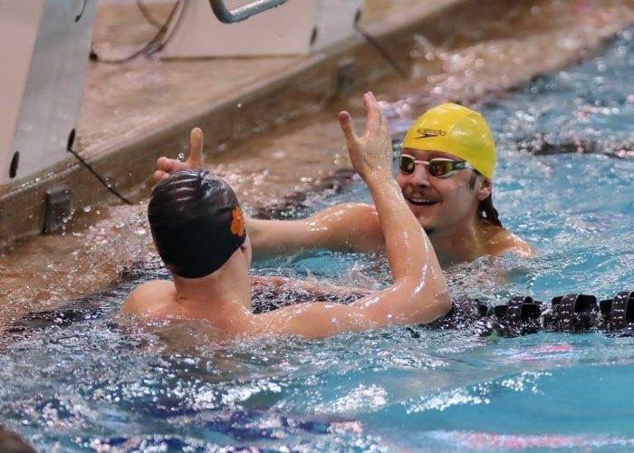 arthur-assfeld-mec-champs-two-swimmer
