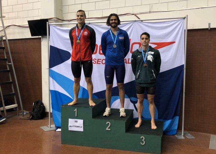 100fly-podium
