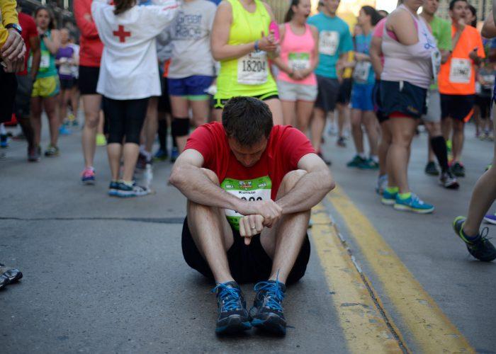 pittsburgh-marathon-runner-starting-line