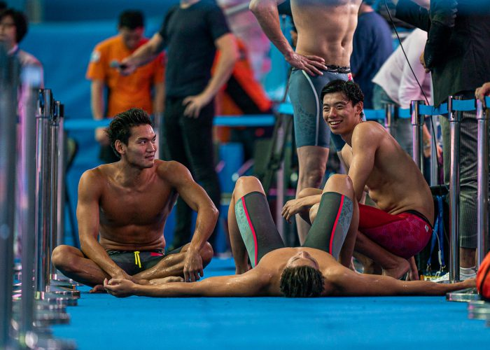 team-china-4x200-relay-final-2019-world-championships-tired-fagigued-struggle