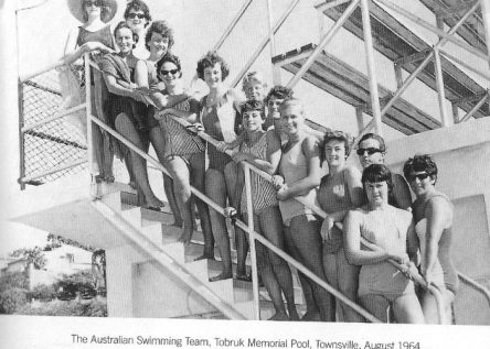Dawn pictured in sunglasses bottom of group with Jan Cameron (nee Murphy) fourth from the bottom