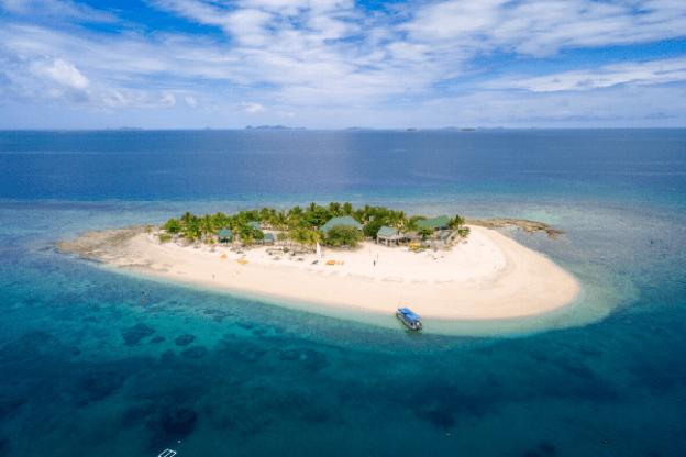 ocean-swim-fiji-SOUTH SEA ISLAND