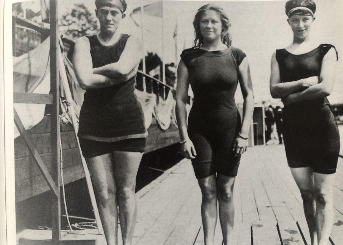Fanny Durack, Mina Wylie and Jennie Fletcher