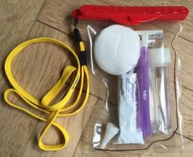 Brandmands-kit bestående af engangsskrabere, eddike, vandrondeller og lokalbedøvende creme