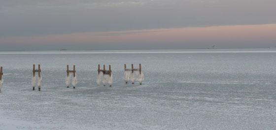 Rosa himmel og is på  Øresund