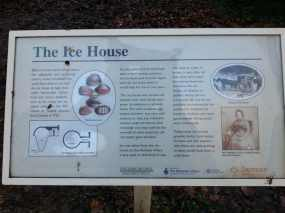 Ice house info sign