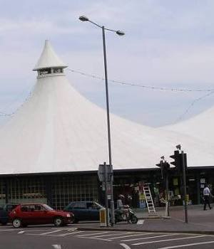 Swindon's tented market - swindon market history