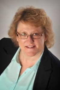 Helen Breward of Pebbles Hypnotherapy