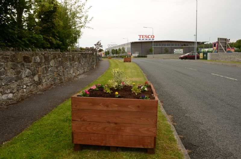 Kiltimagh road planters