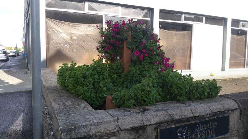 planter at bridge street