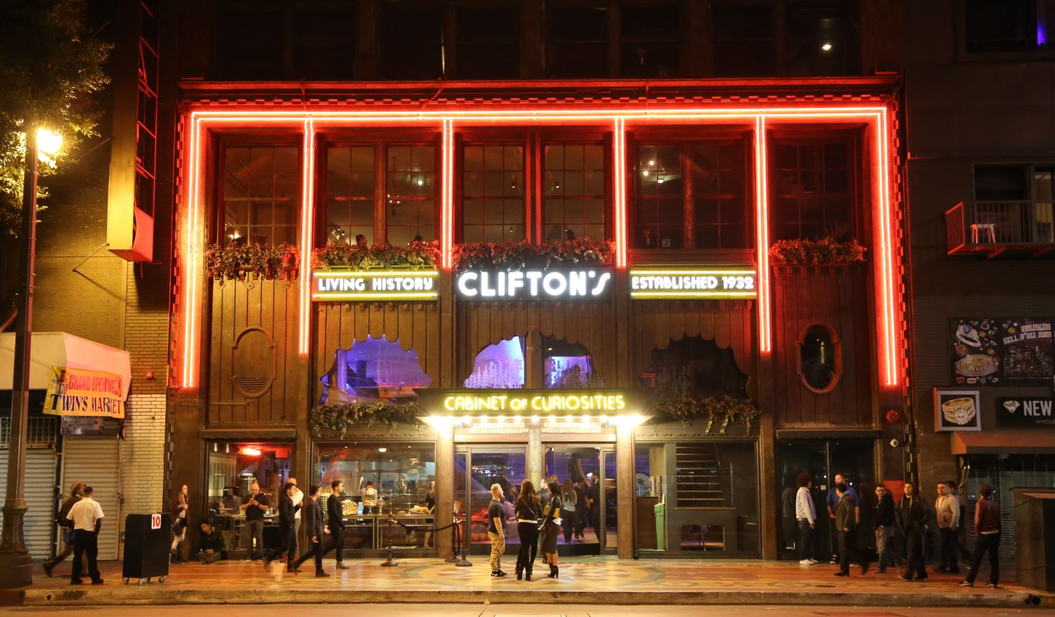 Clifton's Cafeteria - A Menagerie of Delights
