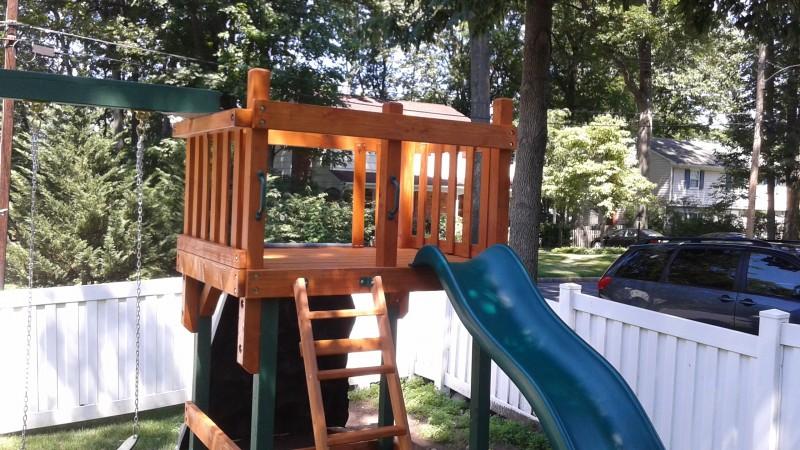 Custom Sets Cedar Summit Lookout Lodge Swing Set