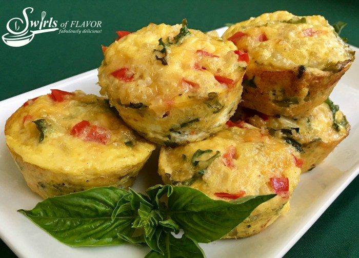 Filled with protein-packed quinoa and eggs and bursting with fresh vegetables, Quinoa Egg Muffins are the perfect start to any busy day. eggs | muffins | beakfast | red bell peppers | arugula | brunch | quinoa