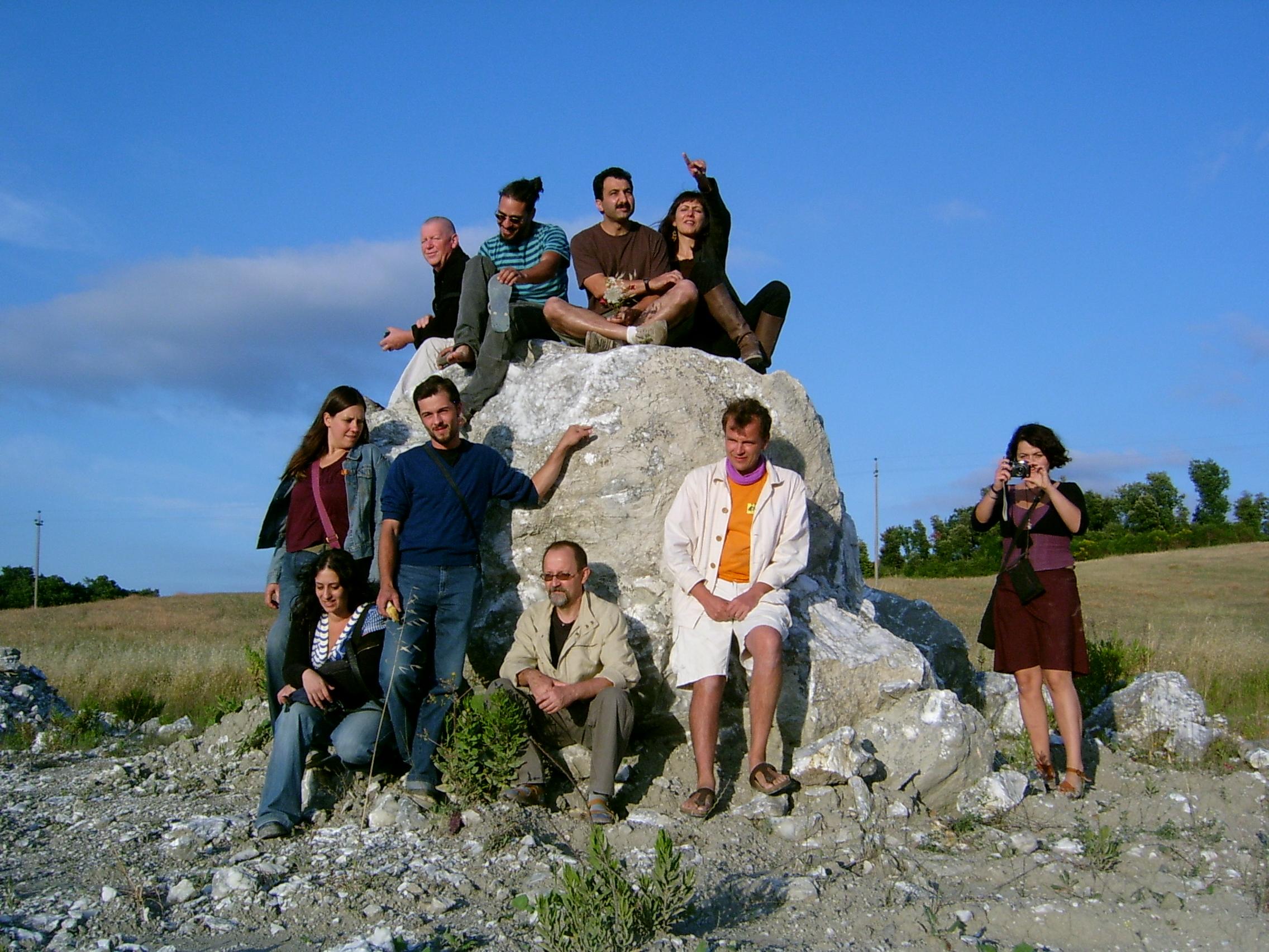 the internat.sculptor-crew in the volterra alabaster simposio june 2009