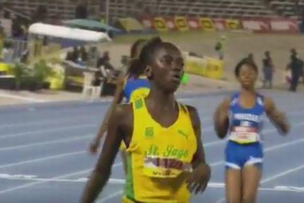 「第2のボルト」と呼ばれる少女、わずか12歳で200m走の世界記録に迫る活躍