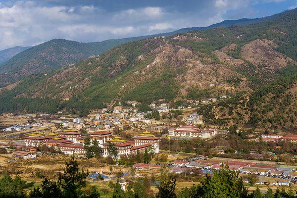 中国が内陸でも領土拡大?ブータンとの国境で強引に道路建設を進め、インドとも対立