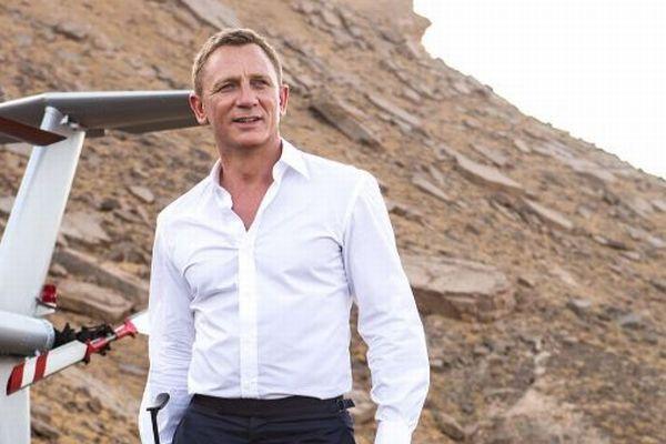 007シリーズの新作、ダニエル・クレイグが再びボンド役に