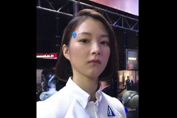 人間か?ロボットか?東京ゲームショウで撮影された動画が海外でも話題に