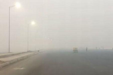 「学校再開で親が激怒、航空機の運行停止…」インドの大気汚染が大変なことに