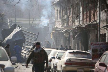 アフガニスタンで救急車を使った自爆テロ、死者100人以上、負傷者235名