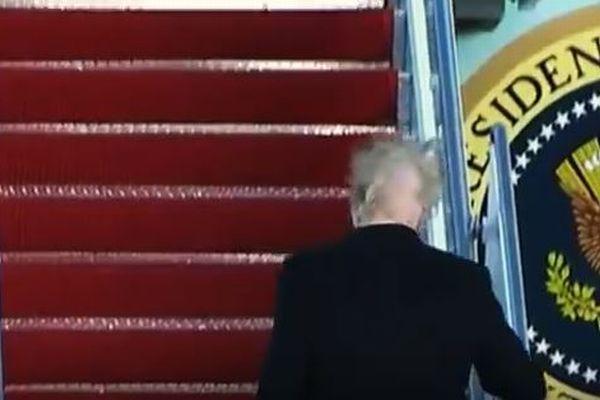 激しい強風でトランプ大統領の髪が舞う、謎に満ちた構造が明らかに