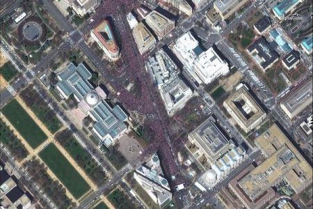 全米や海外で銃規制を求める大規模デモ、世界800カ所で一斉に行われる
