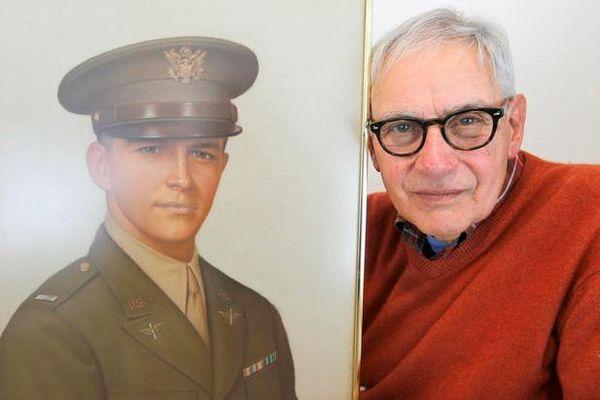 第2次世界大戦中に死亡したパイロットの遺骨、74年ぶりに家族の元へ戻る