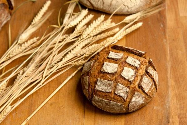フランスのパン屋さん、働きすぎたせいで罰金を支払うよう迫られ物議に