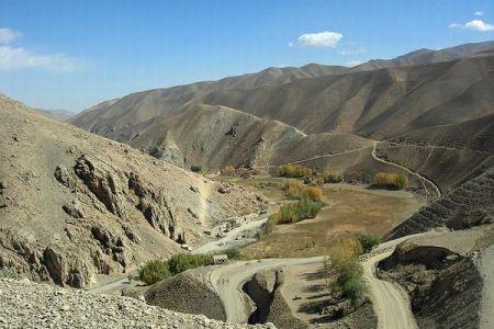 タリバンに拉致されたアフガン人の男性、銃を奪い7人を殺害し脱走に成功