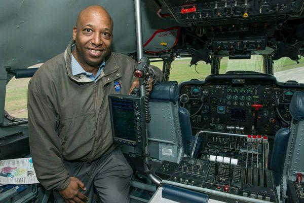 NASAのエンジニアが飛行機の異常にいち早く気づき、事故を未然に防ぐ