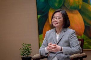 台湾の蔡英文総統が日本語でツイート!安保やサイバー問題で日本との対話を求める